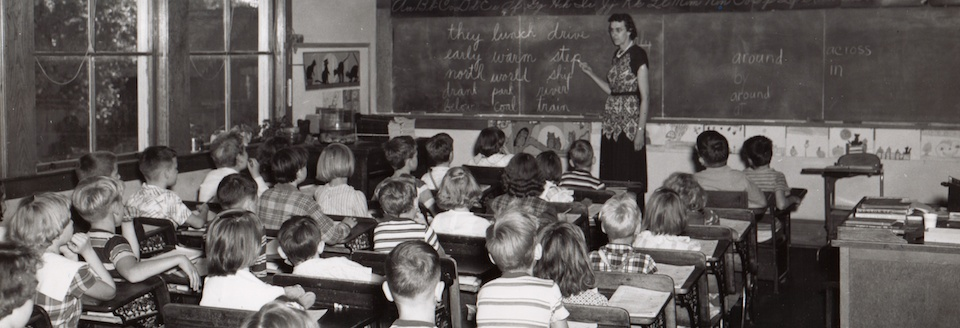 Modern White Classroom : Where modern educational philosophy comes from part a